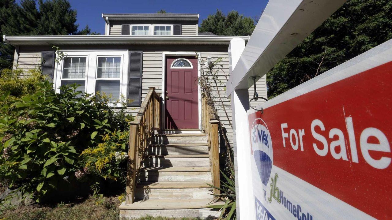 Mortgage buyer Freddie Mac said Thursday that the