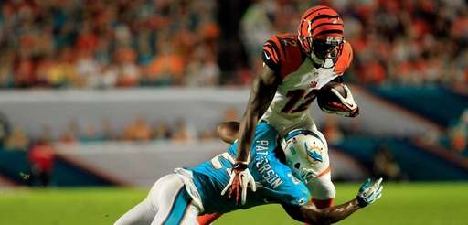 MIAMI GARDENS, FL - OCTOBER 31: Mohamed Sanu