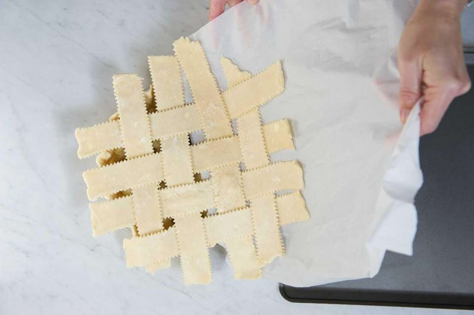 Slide the chilled lattice from the parchment onto