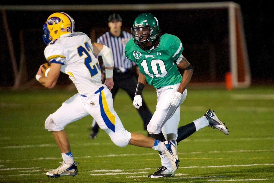 Farmingdale defensive back Curtis Jenkins tracks down East