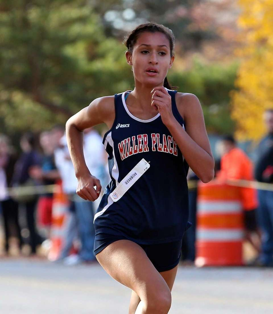 Miller Place's Tiana Guevara wins the Class B