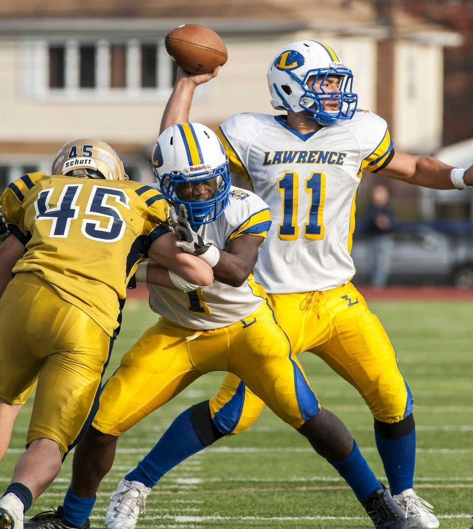 Bethpage defender Anthony Sforza (no. 45) tries to