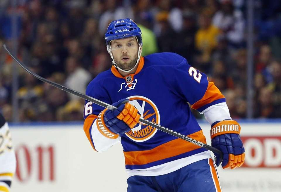 Islanders left wing Thomas Vanek skates during the