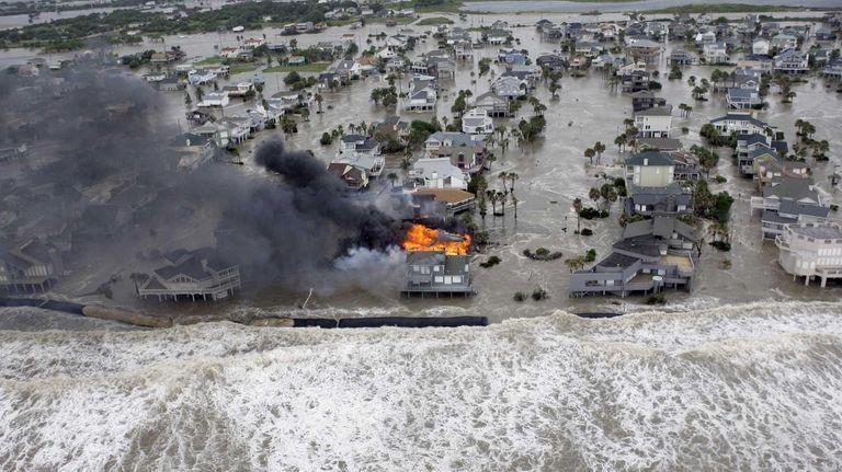 Fire destroys homes along the beach on Galveston