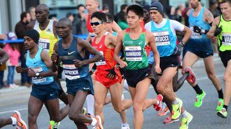 Runners participate in the ING New York City