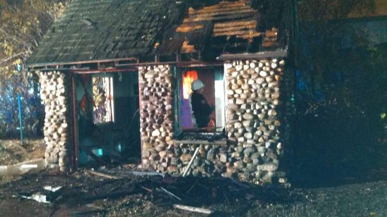 Arson/Bomb Squad detectives are investigating a fire that
