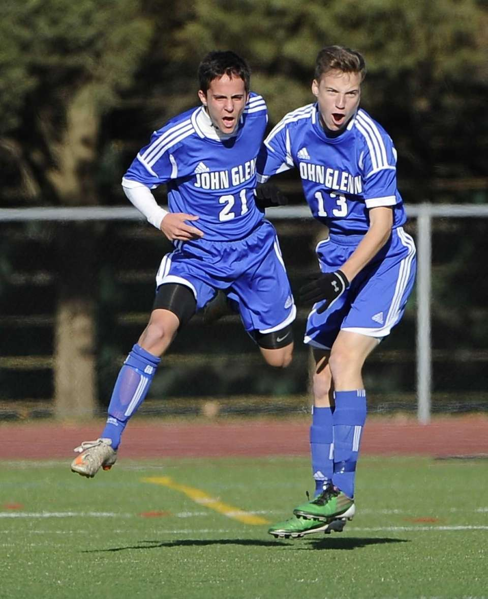 John Glenn's Jonathan Schefer, left, and Brian Lule