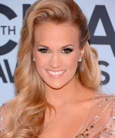 Carrie Underwood attends the 47th annual CMA Awards