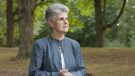 Gloria Glantz, a Port Washington resident, retired teacher