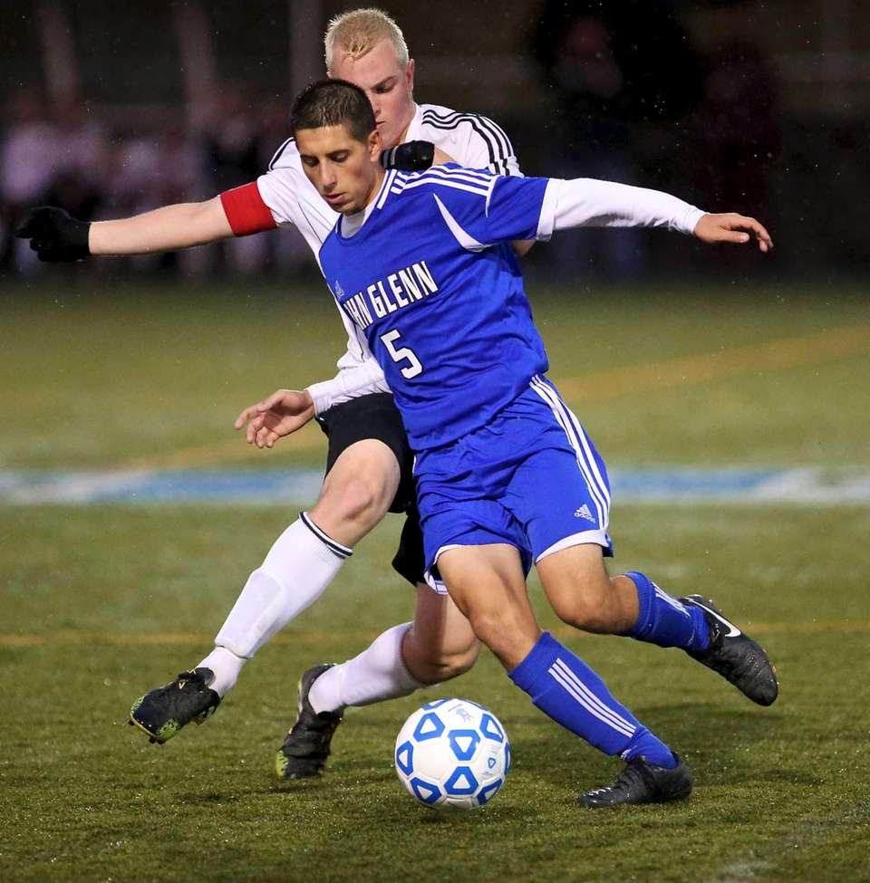 Glenn's Vincent Piccolo and Sayville's Cory Santangelo fight