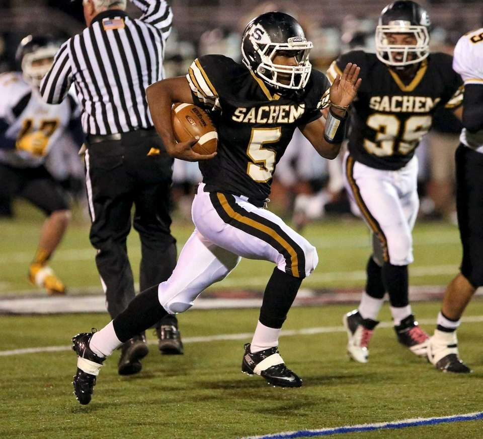 Sachem North RB Malik Pierre goes 50 yards
