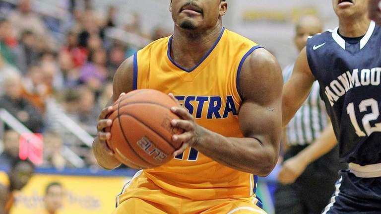 Hofstra's Dion Nesmith gets inside vs. Monmouth. (Nov.