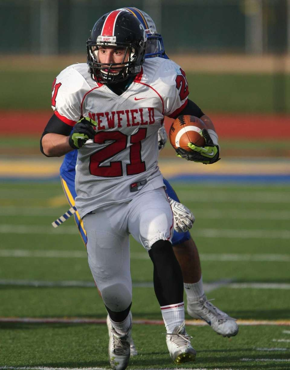 Newfield's Joe Feliciano runs away from West Islip's