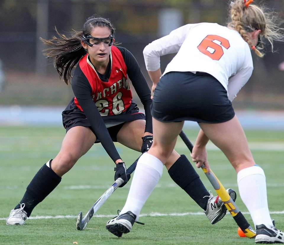 Sachem East's Kaitlyn Shanahan keeps an eye on