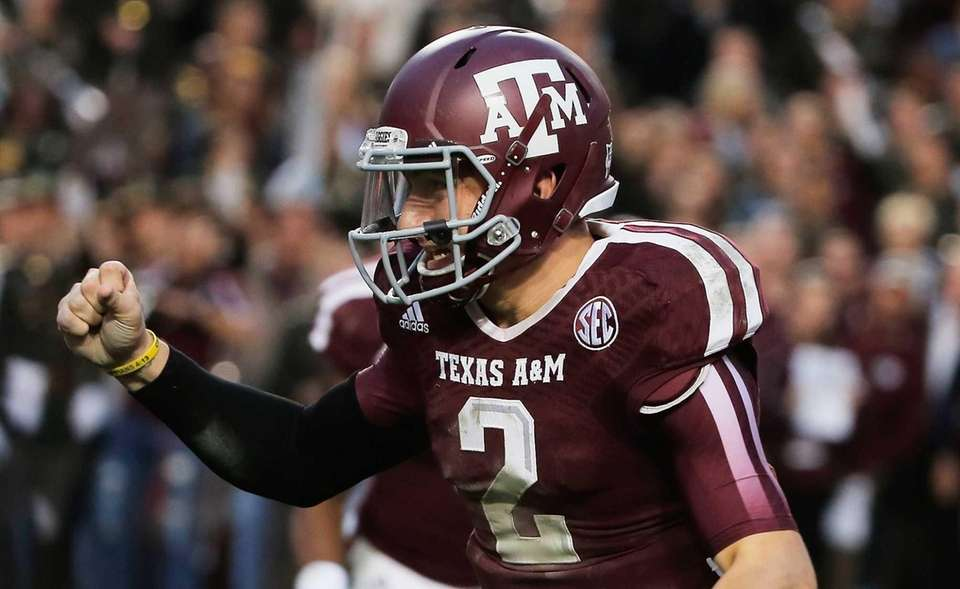 Texas A&M quarterback Johnny Manziel celebrates a touchdown