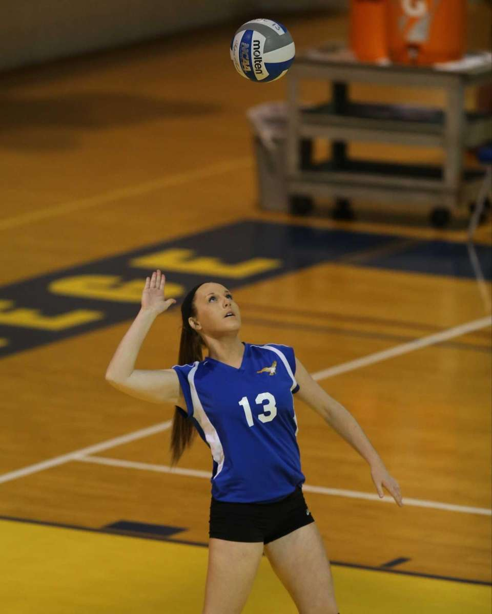 Mattituck setter Laurel Bertolas serves an ace against