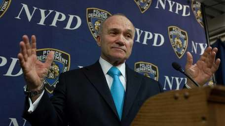 Police Commissioner Ray Kelly addresses the media at