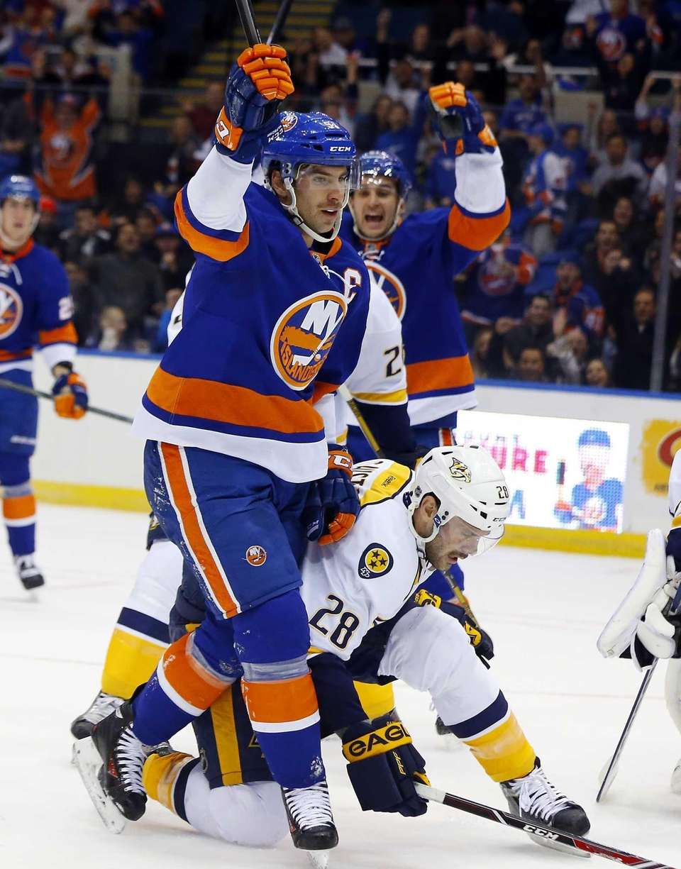 John Tavares of the Islanders celebrates his first-period
