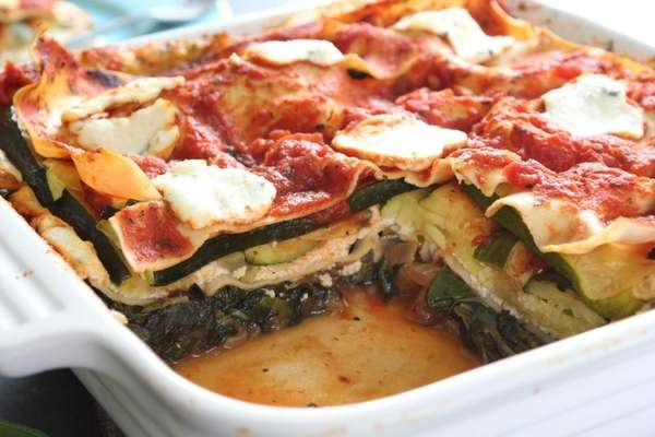 Green vegetable lasagna can be assembled in advanced