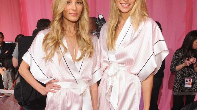Victoria's Secret models Ieva Laguna and Jessica Hart
