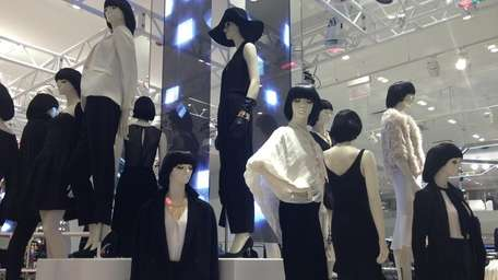The Times Square H&M is located at at