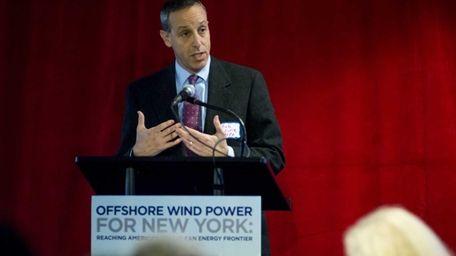 Robert Lurie, a New York Power Authority senior