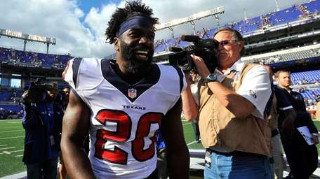 Houston Texans free safety Ed Reed leaves the