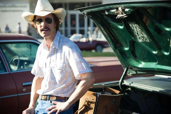 Matthew McConaughey as Ron Woodroof in a scene