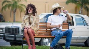 "In ""Dallas Buyers Club,"" Matthew McConaughey plays real-life"
