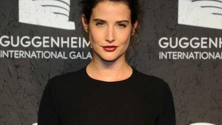 Cobie Smulders attends the Guggenheim International Gala in