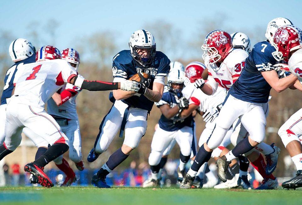 Huntington running back Troy Greene (1) runs for
