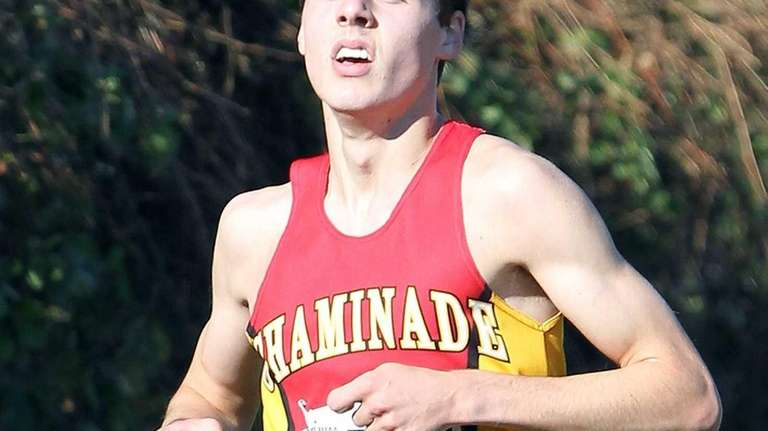 Chaminade's Thomas Slattery sees the front runners with
