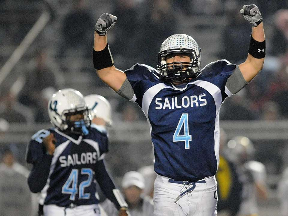 Oceanside's Ryan Hertling (4) reacts after a 38-yard