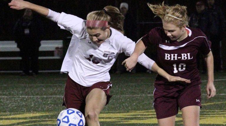 Garden City's Deanna DiPerro takes the ball up