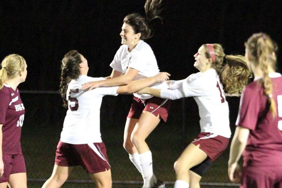 Garden City's Haley O'Hanlon celebrates her goal against
