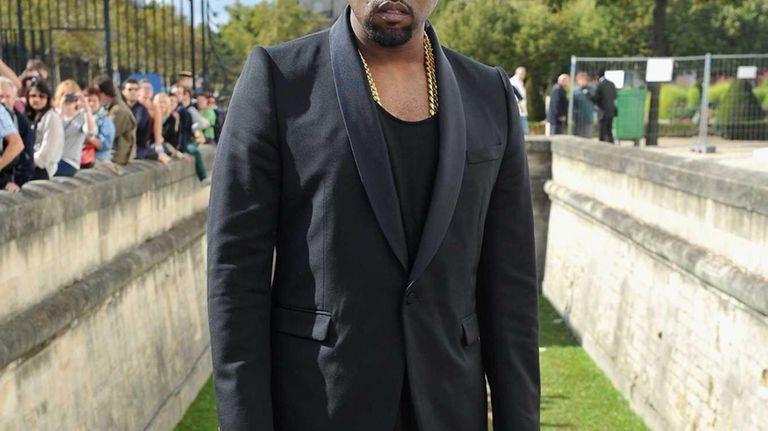 Kanye West arrives at the Christian Dior Spring