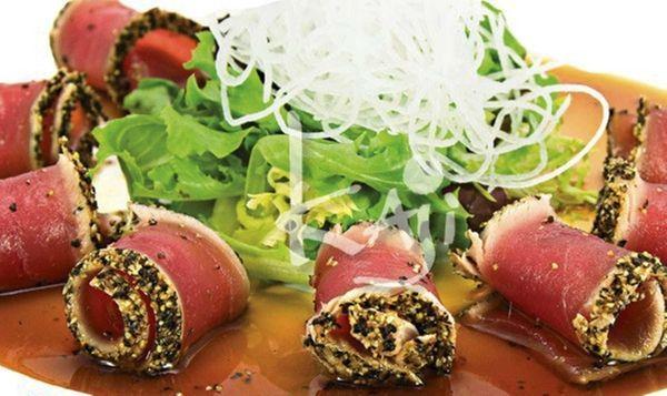 Black pepper tuna tataki served a the new