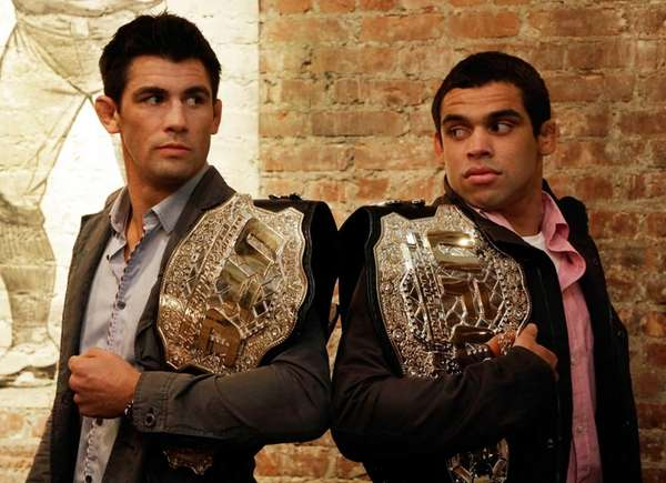 Photo of Renan Barão & his friend  Dominick Cruz