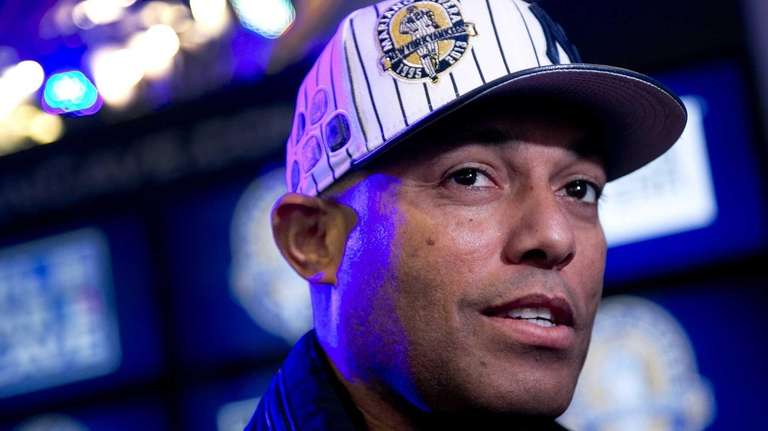 Mariano Rivera promotes New Era baseball caps featuring