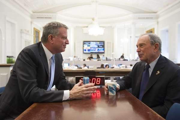 New York City Mayor-elect Bill de Blasio, left,