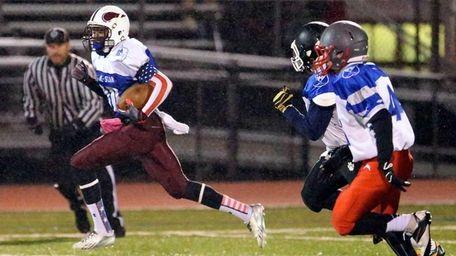 Bay Shore wide receiver Jaquon Moore (no. 80)