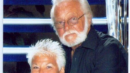 Connie and Artie Versichelli of Massapequa celebrated their