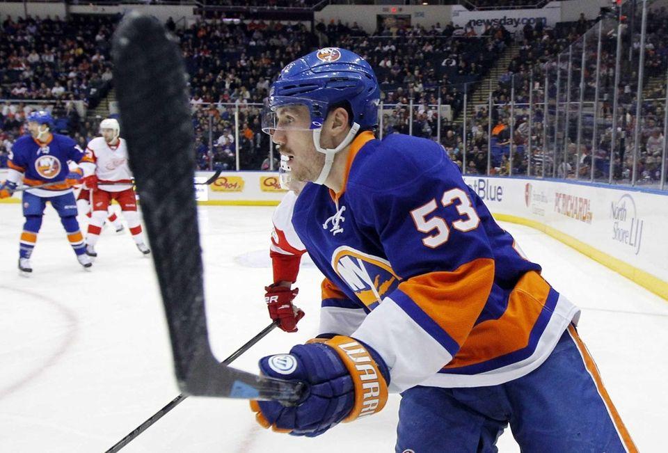 Islanders center Casey Cizikas skates against the Detroit