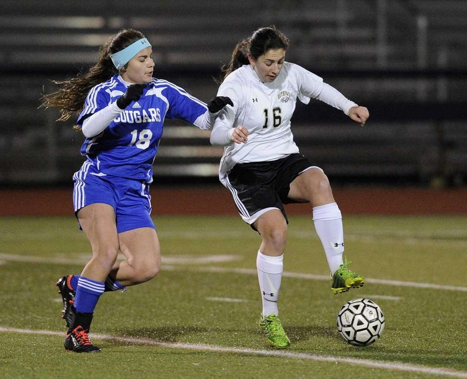 Nassau County's Danielle Nendez controls the ball against