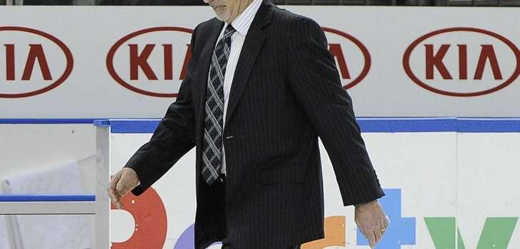 Vancouver Canucks head coach John Tortorella walks off