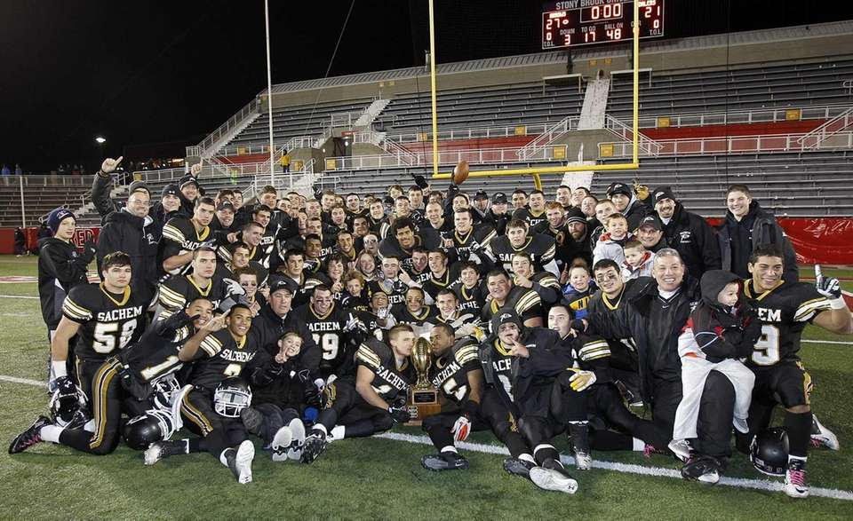 The Sachem North football team has their picture