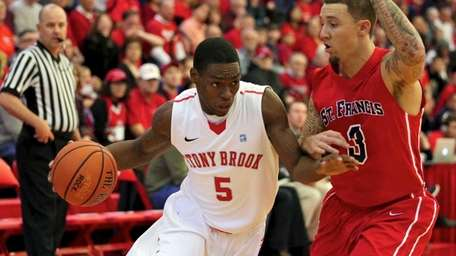 Stony Brook's Dave Coley (5) drives the baseline