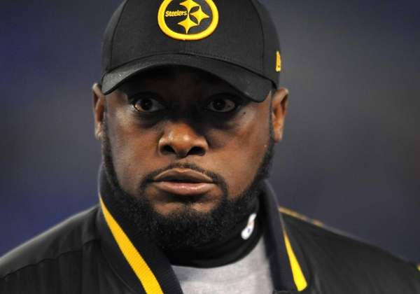 Pittsburgh Steelers head coach Mike Tomlin watches his