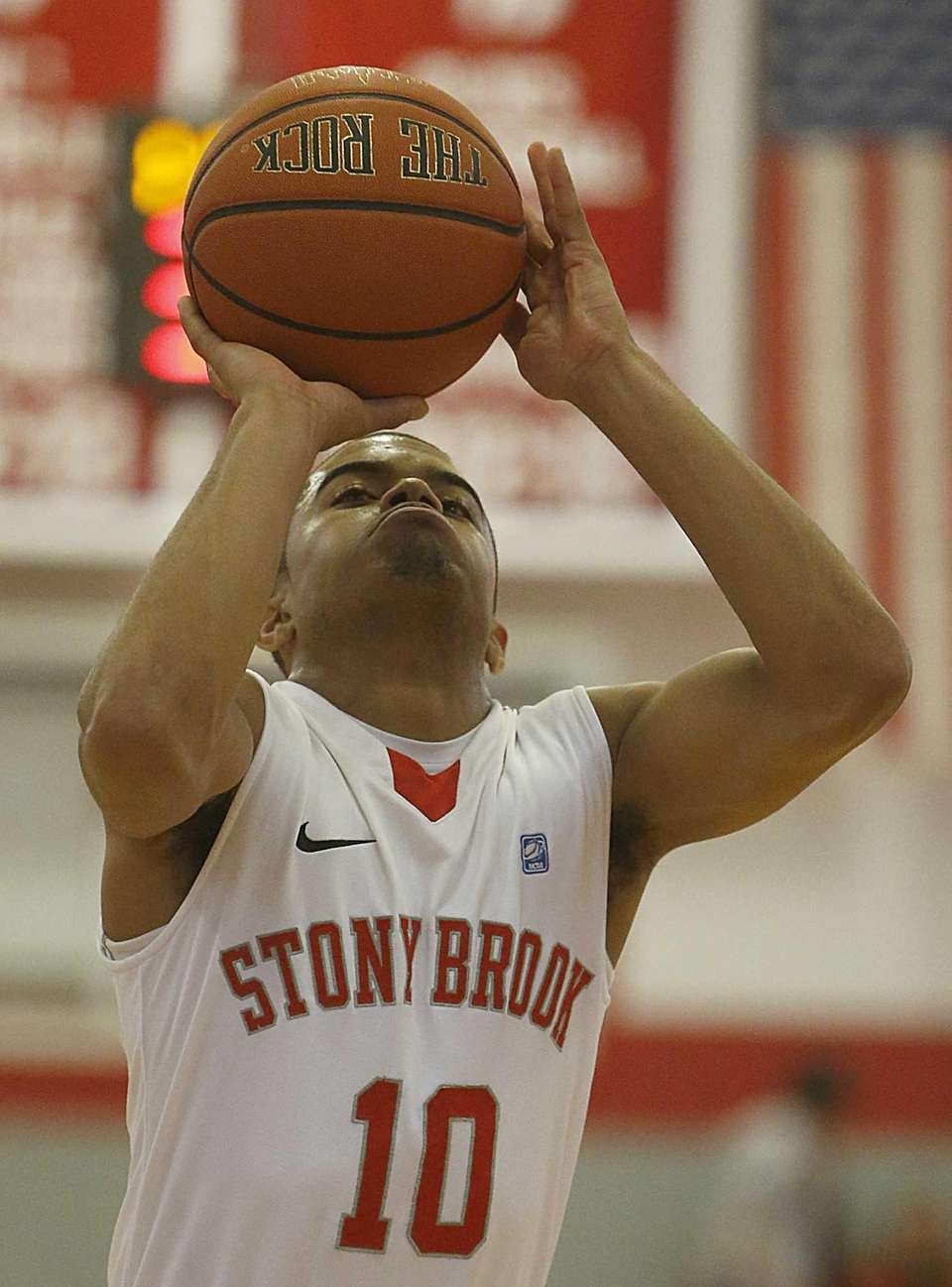Stony Brook Seawolves guard Carson Puriefoy shoots from