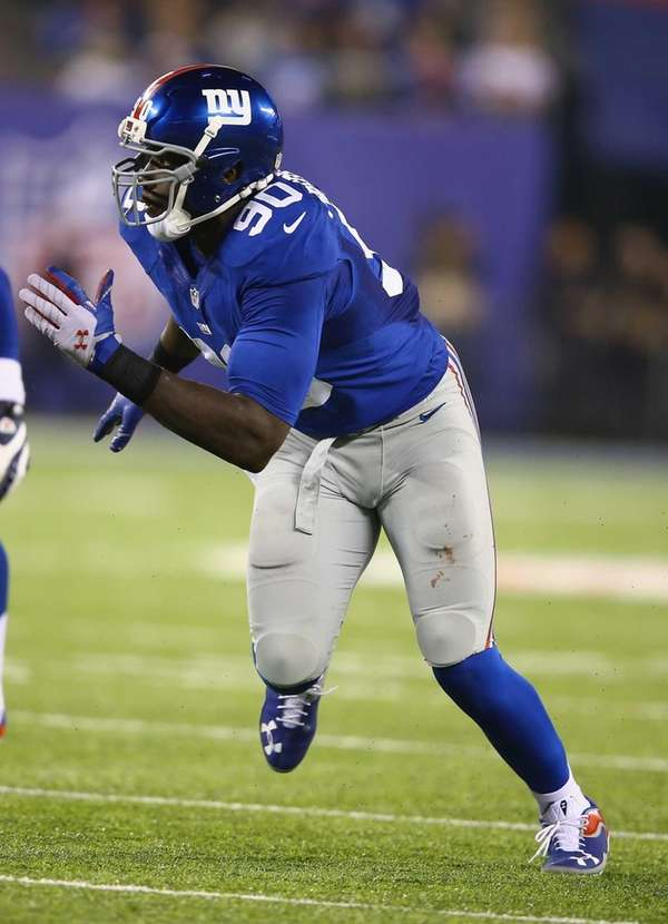 Jason Pierre-Paul rushes during a game against the